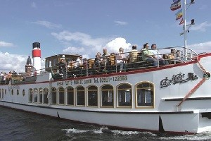 Topseller Mecklenburgische Seen / Resort + Schiff